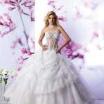 فستان زفاف Size:49.30 Kb Dim: 600 x 800