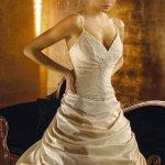 فستان زفاف Size:95.50 Kb Dim: 472 x 708
