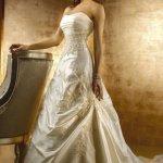 فستان زفاف Size:90.80 Kb Dim: 472 x 708