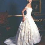 فستان زفاف رقم 37
