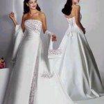فستان زفاف رقم 450 Size:18.90 Kb Dim: 347 x 448
