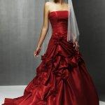 فساتين زفاف بالون الاحمر خيال2