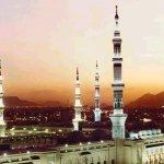 مسجد المدينة المنورة Size:66.90 Kb Dim: 580 x 359
