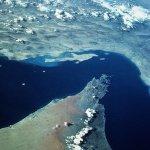 صورة فضائية لمضيق هرمز Size:51.50 Kb Dim: 451 x 480