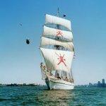 سفينة شباب عمان Size:46.00 Kb Dim: 500 x 378