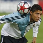 Cristiano Ronaldo Size:41.70 Kb Dim: 700 x 500