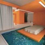 غرفه نوم وسط مسبح