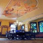الرسم على الجدران داخل البيت 3 Size:33.40 Kb Dim: 295 x 283