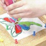 طريقة الرسم ع البلاستيك 1