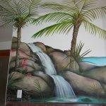 الرسم على  الجدران Size:425.30 Kb Dim: 800 x 600