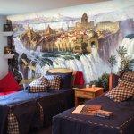 فن  الرسم  على  الجدران Size:174.90 Kb Dim: 422 x 322