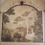 فن  الرسم  على  الجدران Size:48.20 Kb Dim: 496 x 601