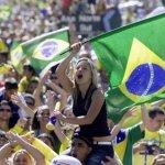 مشجعة برازيلية Size:52.00 Kb Dim: 634 x 419