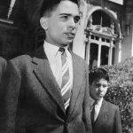 الملك حسين 1953م وأخوه