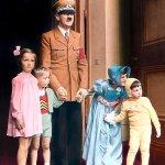 صور نادرة لهتلر 1