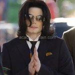 مات ملك البوب مايكل جاكسون11