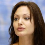 angelina jolie Size:90.50 Kb Dim: 1024 x 768