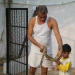 بحريني يربي حيوانات في بيته14
