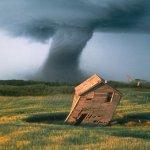 إعصار Size:107.90 Kb Dim: 1024 x 819