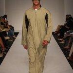 ثوب خليجي مطور5 Size:27.00 Kb Dim: 400 x 600