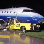 حادث طائره غريب بعض الشيء 5 Size:48.80 Kb Dim: 500 x 375