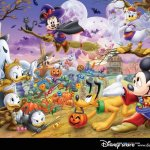 Mickey Mouse background 3 Size:103.30 Kb Dim: 1024 x 768