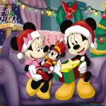 Mickey Mouse background 7 Size:370.50 Kb Dim: 1024 x 768