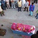 صور احراق الميت فى الهند 1
