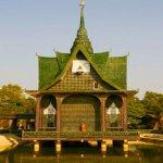 معبد الزجاجات في تايلاند4