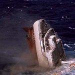 غرق سفينه