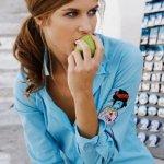 تفاحة في اليوم تبقي سرطان الث1