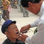 اشهر اطباء الاسنان في العالم15