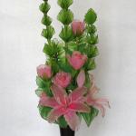 زهور مصنوعة من الجوارب الشفاف4