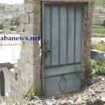 في اليمن أغرب باب بيت في العا4