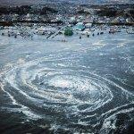 صور مرعبة من تسونامي وزلزال ا5
