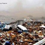 صور مرعبة من تسونامي وزلزال ا7