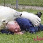 الدب من اقرب اصدقائي4