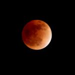 صور سريعه لــ خسوف القمر 3