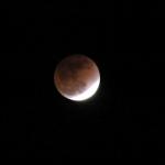 صور سريعه لــ خسوف القمر 8