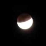 صور سريعه لــ خسوف القمر 12
