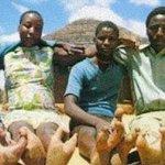 قبيله في أفريقيا يملكون أقدام2