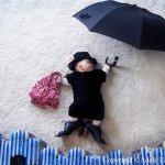 ام تبدع في تصوير ابنتها وهي ن4