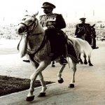 السلطان قابوس Sultan Qaboos Size:179.90 Kb Dim: 883 x 687