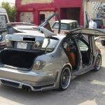 جنون السيارات في الكويت6