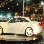 معرض سيارات في دبي1