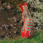 قطة ملونة Size:65.30 Kb Dim: 404 x 480