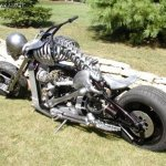 دراجة نارية Size:127.50 Kb Dim: 480 x 360