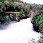 Huka Falls Size:24.20 Kb Dim: 400 x 268