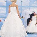 فستان للبنوتات Size:24.00 Kb Dim: 400 x 520