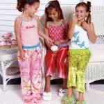 بيجامات بنات Size:116.00 Kb Dim: 543 x 650